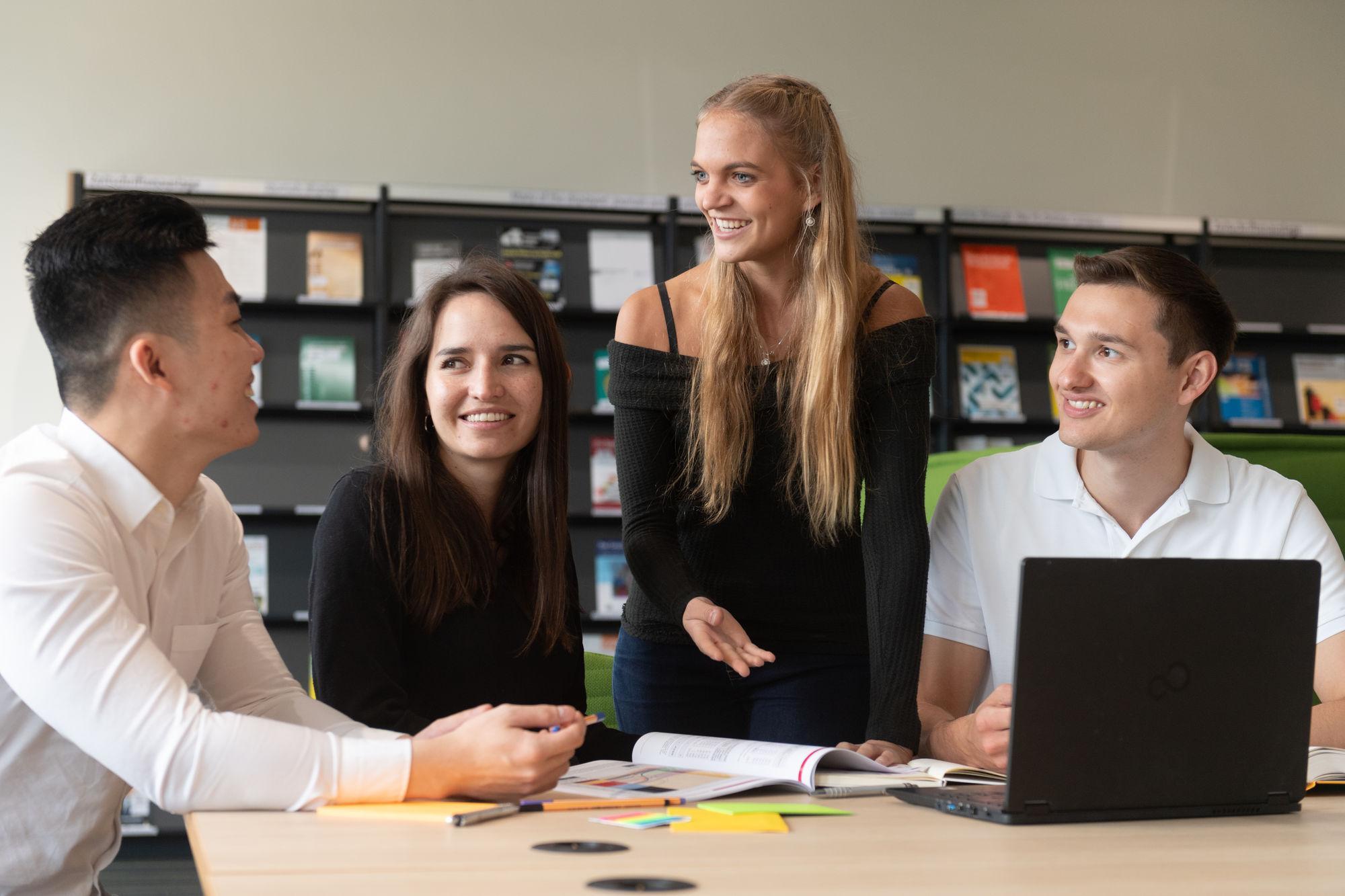 Scholarships   Frankfurt School scholarships   Germany